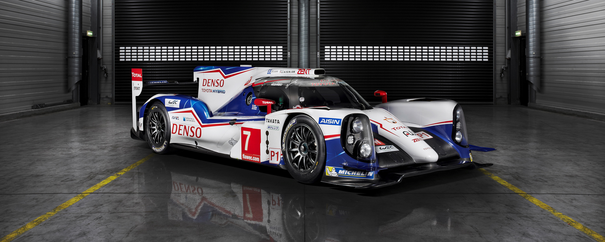 Toyota TS040 HYBRID op scherp voor FIA World Endurance Championship 2014