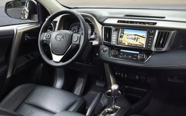 1202-12_Toyota-RAV4-Introductie