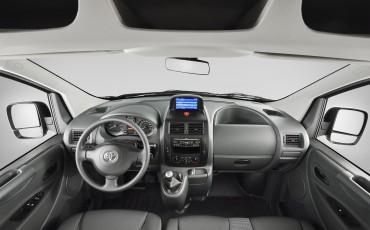 1301-12-Toyota_PROACE_bedrijfsauto