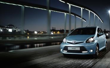 130812-07-Toyota_Aygo_Dynamic_Blue
