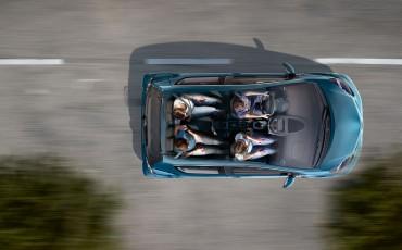 130812-08-Toyota_Aygo_Dynamic_Blue