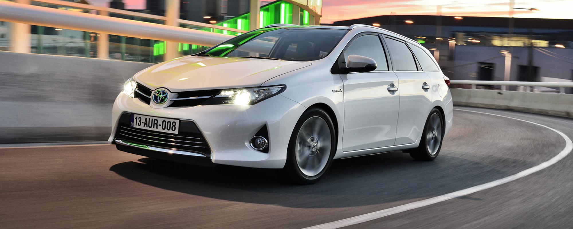 Bedrijfsleven en leaserijders kiezen voor Toyota
