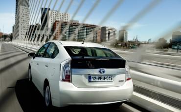 2012_08_Prius Plug-in_5