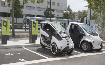 20140702_05-Toyota-i-ROAD-in-Smart-City-project-in-Grenoble.jpg