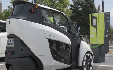 20140702_07-Toyota-i-ROAD-in-Smart-City-project-in-Grenoble.jpg