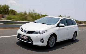 20140714_01_Online_publieksprijs_Toyota_Auris_Touring_Sports_Hybrid_populairste_zuinige_auto.jpg