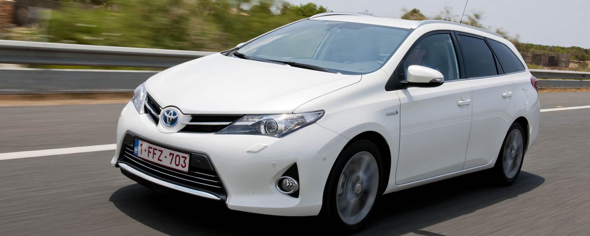 Online publieksprijs: Toyota Auris Touring Sports Hybrid populairste zuinige auto
