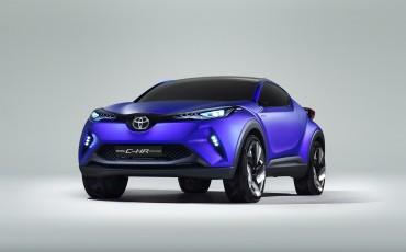 20140922-01-Haute-couture-uit-Parijs-Toyota-C-HR-Concept.jpg