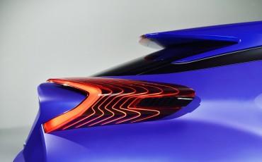 20141002-08-Icoon-voor-de-toekomst-Toyota-C-HR-Concept-Paris-Motor-Show-2014.jpg