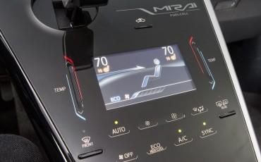 20141118-09-Toyota-introduceert-de-Toyota-Mirai-Fuel-Cell-Brandstof-Auto-op-waterstof
