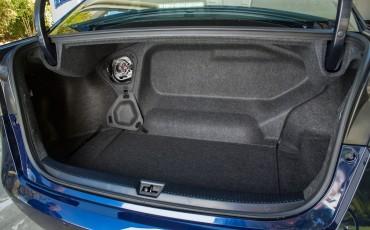 20141118-16-Toyota-introduceert-de-Toyota-Mirai-Fuel-Cell-Brandstof-Auto-op-waterstof