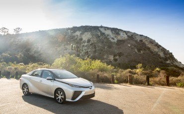 20150116-02-Japanse-verkoop-van-fuel-cell-Toyota-Mirai-overtreft-alle-verwachtingen.jpg