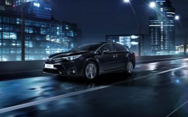 20150303-06-De-nieuwe-Toyota-Avensis-overtuigende-zakenauto-met-veel-actieve-veiligheid.jpg