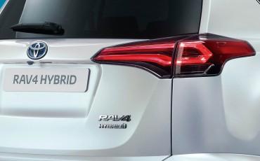 20150326-01-Hybride-aanbod-nog-breder-met-Toyota-RAV4-Hybrid