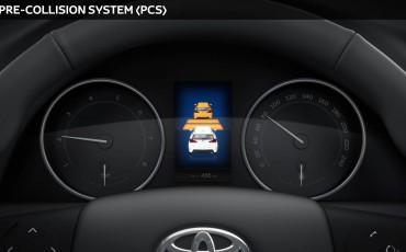 20150602-05-Nieuwe-Toyota-Auris-de-enige-14-procent-Wagon-met-standaard-automaat-en-up-to-date-actieve-veiligheid-PCS.jpg