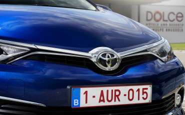 20150602-36-Nieuwe-Toyota-Auris-de-enige-14-procent-Wagon-met-standaard-automaat-en-up-to-date-actieve-veiligheid-Touring-Sports