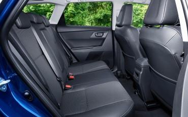 20150602-44-Nieuwe-Toyota-Auris-de-enige-14-procent-Wagon-met-standaard-automaat-en-up-to-date-actieve-veiligheid-Touring-Sports
