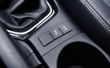 20150602-49-Nieuwe-Toyota-Auris-de-enige-14-procent-Wagon-met-standaard-automaat-en-up-to-date-actieve-veiligheid-Touring-Sports