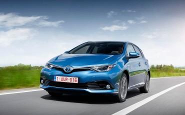 20150602-68-Nieuwe-Toyota-Auris-de-enige-14-procent-Wagon-met-standaard-automaat-en-up-to-date-actieve-veiligheid-Hatchback