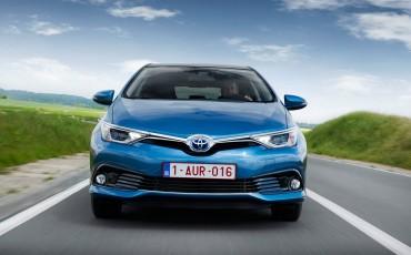 20150602-71-Nieuwe-Toyota-Auris-de-enige-14-procent-Wagon-met-standaard-automaat-en-up-to-date-actieve-veiligheid-Hatchback