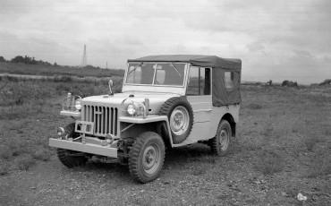 12012-11_Land Cruiser 1951