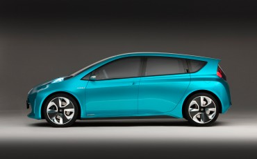 2012_01_Prius-C-Concept_1