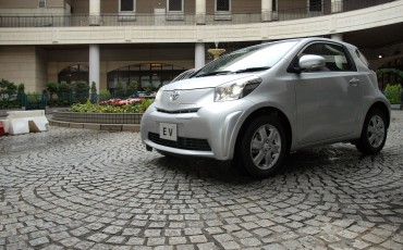2012_01_iQ-EV-concept_4