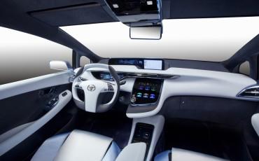 2012_03_Toyota FCV-R_4