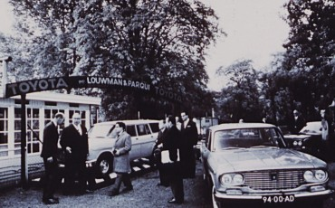 2012_11_Louwman en Parqui neemt import van Toyota voor Nederland ter hand 1964