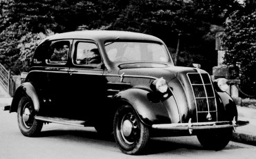 2012_11_Toyota s eerste model AA 1936_1