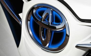 2012_12_Toyota logo