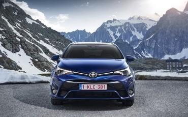 20150618-015-Toyota-Avensis-zakelijk-talent-Touring-Sports