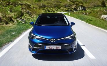 20150618-027-Toyota-Avensis-zakelijk-talent-Touring-Sports