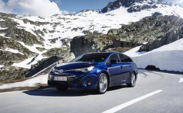 20150618-030-Toyota-Avensis-zakelijk-talent-Touring-Sports