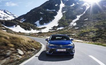 20150618-032-Toyota-Avensis-zakelijk-talent-Touring-Sports