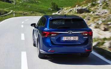 20150618-034-Toyota-Avensis-zakelijk-talent-Touring-Sports