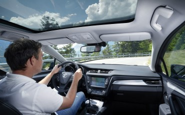 20150618-043-Toyota-Avensis-zakelijk-talent-Touring-Sports