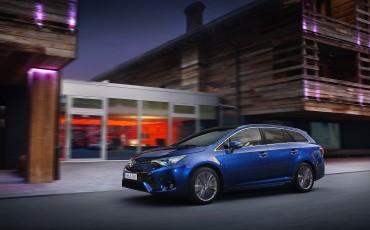 20150618-048-Toyota-Avensis-zakelijk-talent-Touring-Sports
