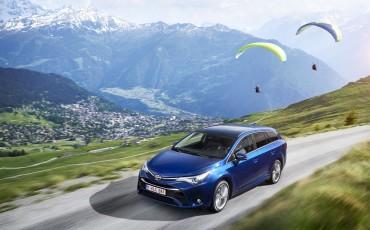 20150618-050-Toyota-Avensis-zakelijk-talent-Touring-Sports