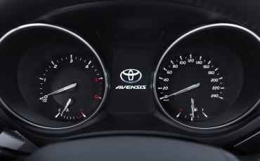 20150618-056-Toyota-Avensis-zakelijk-talent-Touring-Sports
