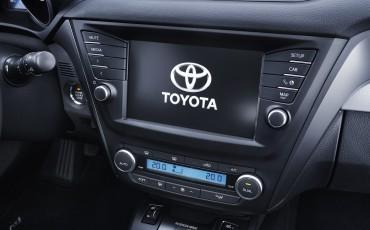 20150618-057-Toyota-Avensis-zakelijk-talent-Touring-Sports
