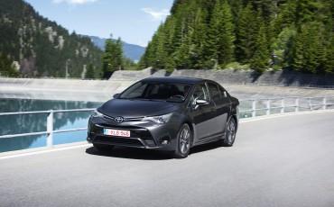 20150618-067-Toyota-Avensis-zakelijk-talent-Sedan