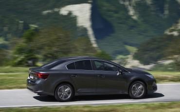 20150618-070-Toyota-Avensis-zakelijk-talent-Sedan