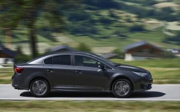 20150618-071-Toyota-Avensis-zakelijk-talent-Sedan
