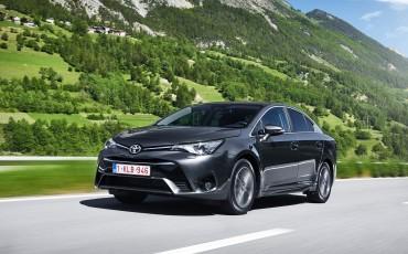 20150618-078-Toyota-Avensis-zakelijk-talent-Sedan