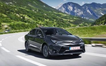 20150618-080-Toyota-Avensis-zakelijk-talent-Sedan