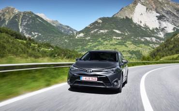 20150618-081-Toyota-Avensis-zakelijk-talent-Sedan