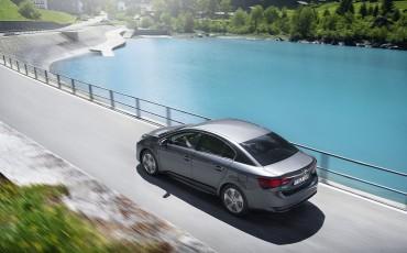 20150618-088-Toyota-Avensis-zakelijk-talent-Sedan