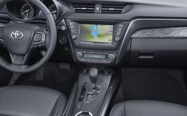 20150618-094-Toyota-Avensis-zakelijk-talent-Sedan