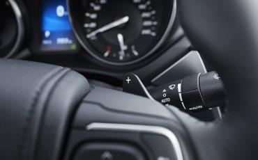 20150618-100-Toyota-Avensis-zakelijk-talent-Sedan